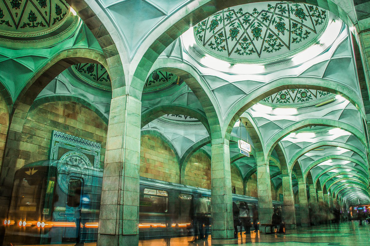 Metro Alisher Navoi by Kamil Yenikeev Veres Vert