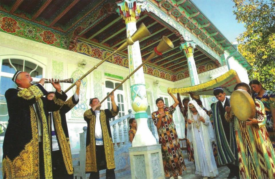 Uzbek Wedding Veres Vert